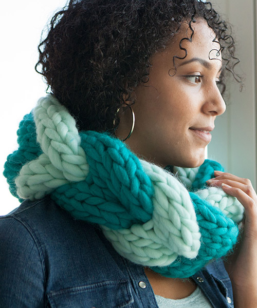 Super Tuff Puff Cowl from knitpicks.com